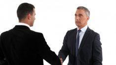Psiquiatra investiga comunicação através da energia humana