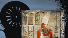 Escritora alega ter vivido no Antigo Egito e relata fatos confirmados por arqueólogos
