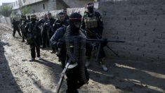 Estado Islâmico divulga código penal que inclui crucificação e amputação
