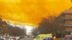 Explosão causa enorme nuvem tóxica na Espanha: 65 mil evacuados