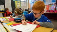 Escrita à mão influencia o pensamento