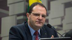 Brasil está perto da recessão, admite ministro Nelson Barbosa