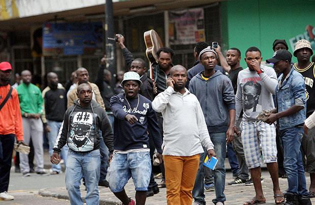Crise de xenofobia na África do Sul gera conflitos entre africanos no país