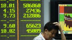 Queda da Bolsa de Valores chinesa mostra que autoridades abandonaram mercado