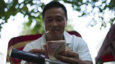 Esgotada munição financeira, China usa táticas opressoras para tentar salvar mercado
