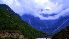 Vale da Lua Azul, um paraíso na China