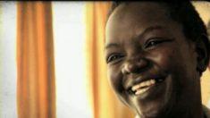 Após descobrir segredo de mãe falecida, filha ajuda 150 mil pessoas