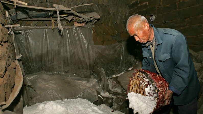 Como sal cancerígeno chega às mesas na China