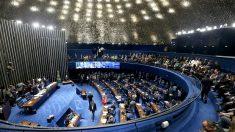 Senado decide descumprir liminar do Supremo que afasta Renan Calheiros