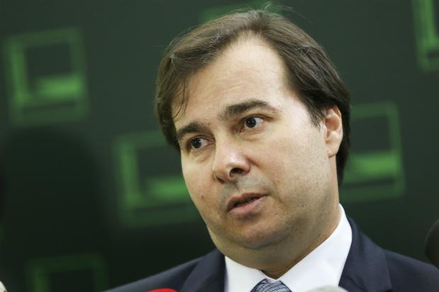 Candidatura de Rodrigo Maia incomoda ministros do STF