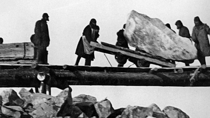 A enregelante história de uma jovem num gulag soviético