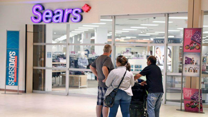 Varejo de nível médio enfrenta tempos difíceis com fechamentos e falências