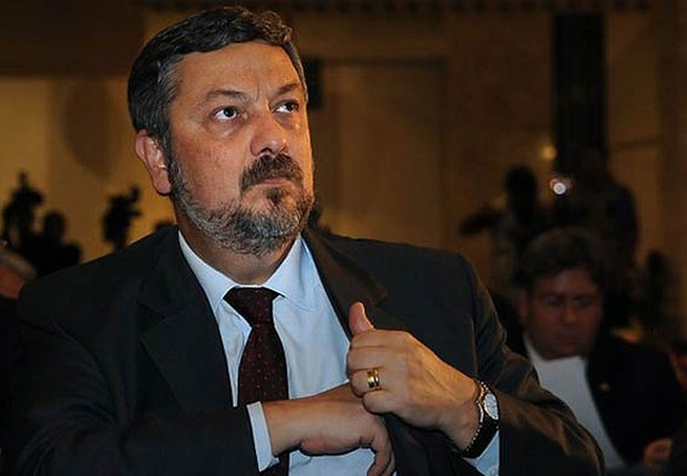 Palocci pega 12 anos de prisão por propina da Odebrecht