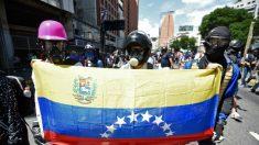 Jovem de 18 anos é morto por milícia de Maduro em protesto na Venezuela
