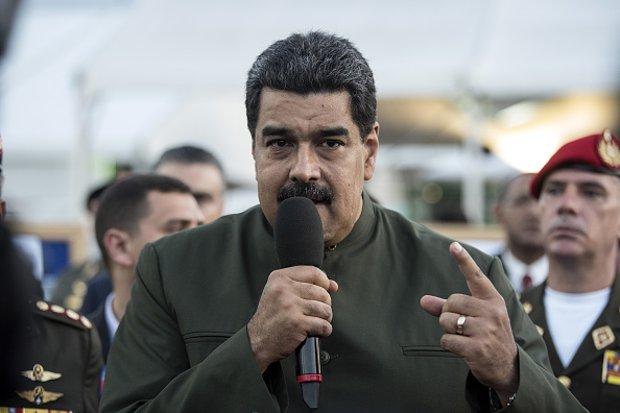 Constituinte: Maduro obriga beneficiários de programas sociais a votar