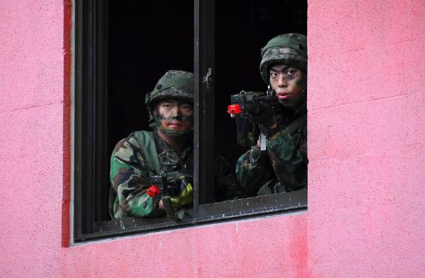 Soldado sul-coreano morre perto da fronteira com Coreia do Norte
