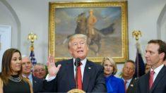 Trump assina decreto para melhorar assistência médica
