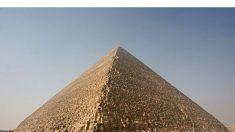 Arqueólogos confirmam existência de enorme e misterioso vazio dentro da Grande Pirâmide do Egito