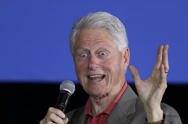 Mais quatro mulheres acusam Bill Clinton de assédio sexual