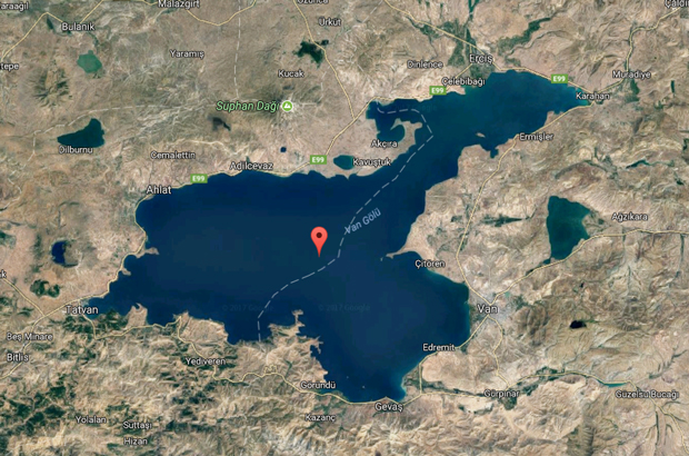 Castelo de 3 mil anos é encontrado no fundo de lago na Turquia