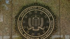 Agente do FBI é demitido por envolvimento em complô contra Trump
