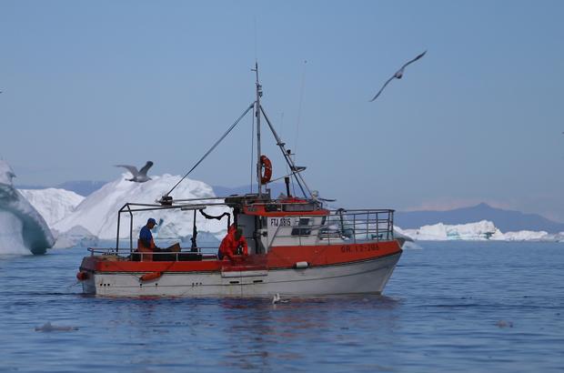 Dez nações concordam estudar impacto da pesca em águas recém-abertas no Ártico