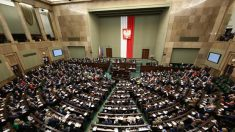 Parlamento da Polônia condena ideologia e consequências da Revolução Bolchevique