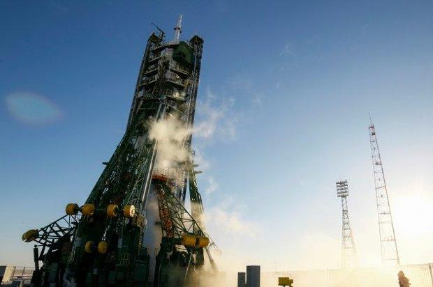 Tripulação americana, japonesa e russa decola para Estação Espacial