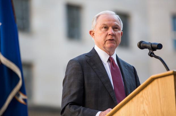 EUA: Departamento de Justiça iniciou mais de nove mil acusações criminais sigilosas