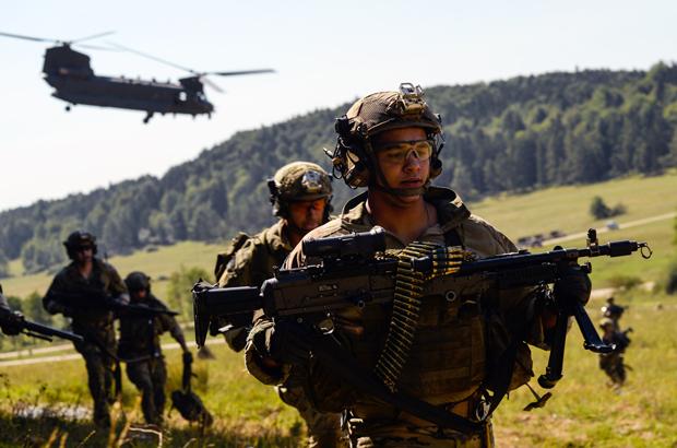 EUA: Militares recebem maior aumento salarial em oito anos