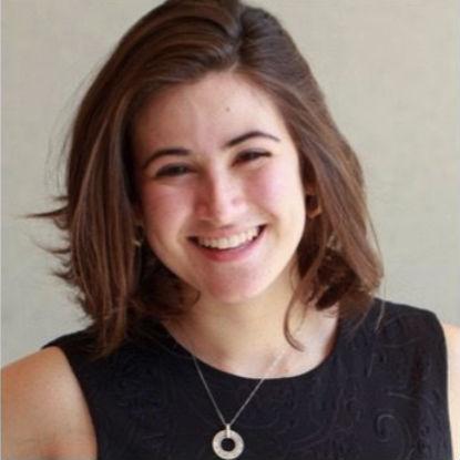 """Danya Sherman, criadora de uma invenção que pode dizer se uma bebida foi """"batizada"""" com uma droga de violação. (Imagem via www.knonap.com)"""
