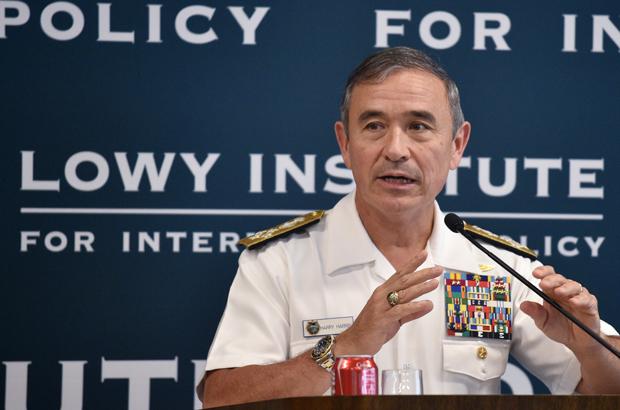 O almirante norte-americano Harry Harris, chefe do Comando do Pacífico dos EUA, fala no Instituto Lowy em Sydney, Austrália, em 14 de dezembro de 2016 (Peter Parks/AFP/Getty Images)