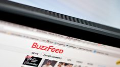EUA: Comitê Nacional Democrata recusa cumprir intimação relacionada ao dossiê, então BuzzFeed processa