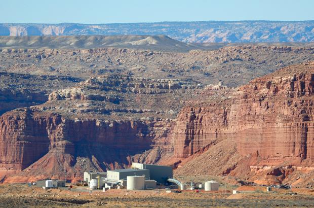 A mineradora de urânio Shootaring Canyon da Anfield Resources Inc. no meio do deserto de Utah, EUA, em 27 de outubro de 2017. A Anfield tem uma parceria com a empresa russa Uranium One (George Frey/Getty Images)