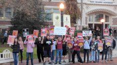 Universidade da Flórida dá fundos para palestrante revolucionária comunista