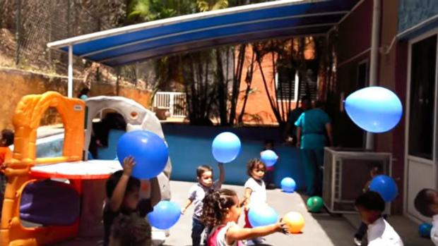 Crianças brincando na Fundação Fundana