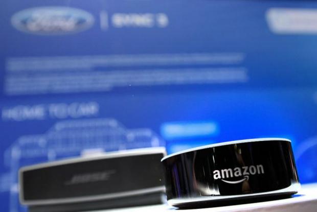 """Usuários do Amazon Echo dizem que Alexa ri """"de forma assustadora"""" e ignora comandos"""