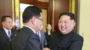 Coreia do Norte quer dialogar com EUA e desnuclearizar península, diz Seul (Vídeo)