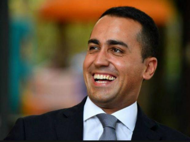 Luigi Di Maio, candidato a primeiro ministro representando o partido Movimento Cinco Estrelas (M5E)