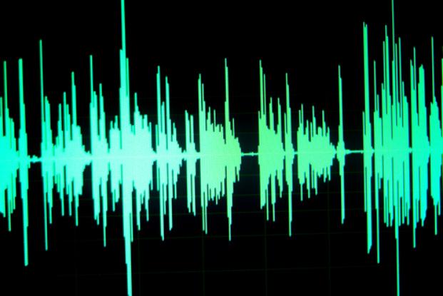 """China compila """"gravações de vozes"""" para nova tecnologia de identificação, levantando questões de privacidade"""