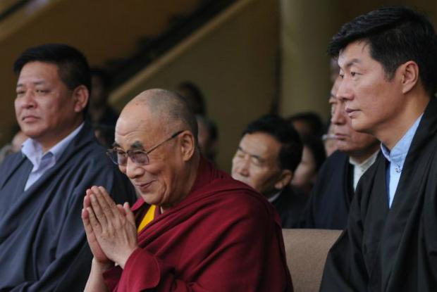 EUA oferecem ajuda financeira ao governo tibetano no exílio e aos tibetanos ao redor do mundo