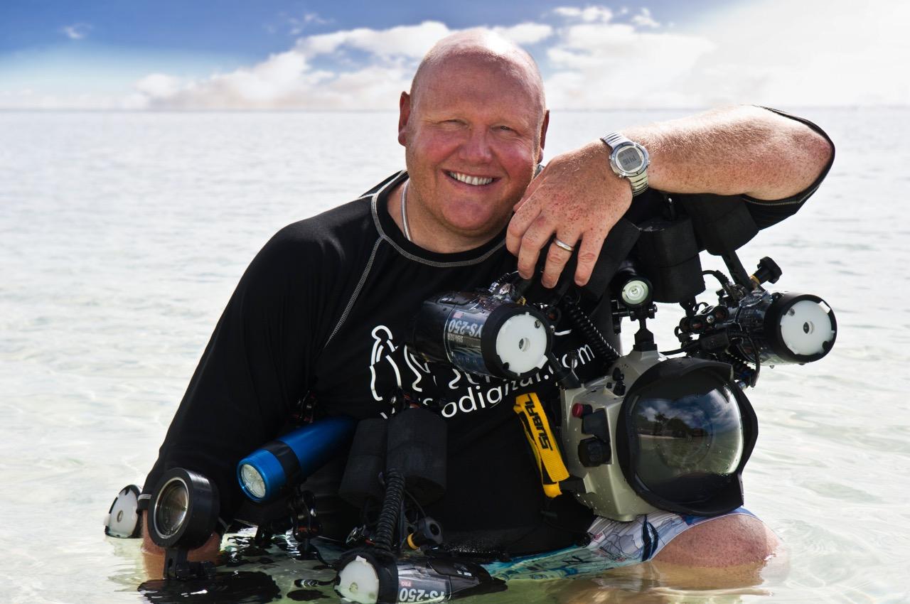 Warren Baverstock, o diretor do Aquarium Operations do Burj Al Arab Hotel em Dubai (Imagem via SWNS)