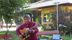 Violonista chileno brinca com violão. É de arrepiar e admirar! Confira!