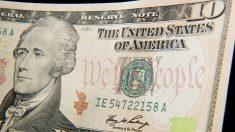 Bolsa fecha em ligeira alta e dólar chega a R$ 3,73