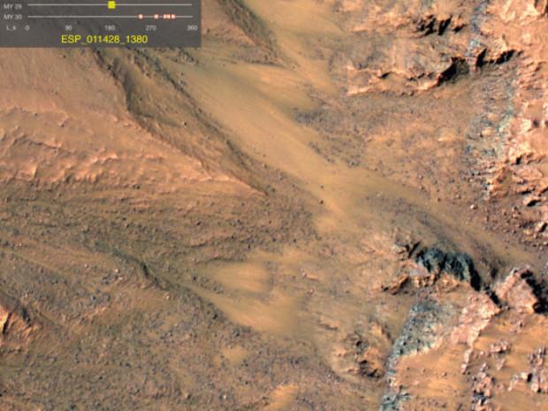 Montes de areia em Marte (NASA)