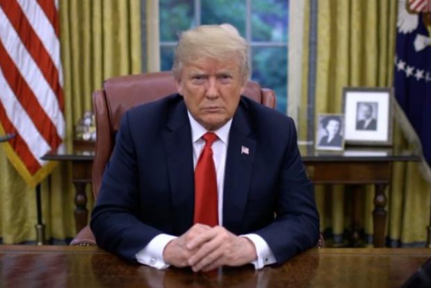 Trump facilita demissão de funcionários federais negligentes e reduz despesas com sindicatos