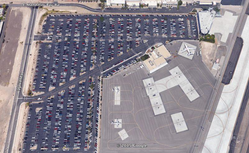 (Imagem de satélite do EG & G Air Transport Terminal (subsidiária da AECOM operada pela Janet) e seus estacionamentos adjacentes no McCarran International Airport em Las Vegas)