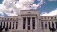 FED eleva taxas de juros e previsões econômicas para EUA (Vídeo)