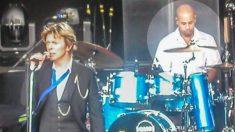 Baterista de David Bowie usava drogas todos os dias. Mas em 1990, algo mudou sua vida!