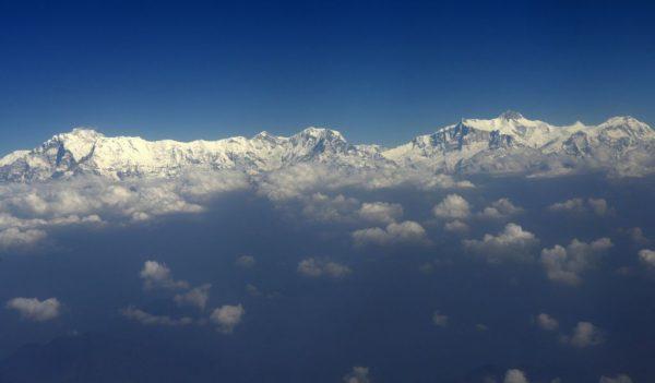 Um tiro aéreo de parte dos Himalaias, a oeste de Katmandu (Prakash Mathema/AFP/Getty Images)